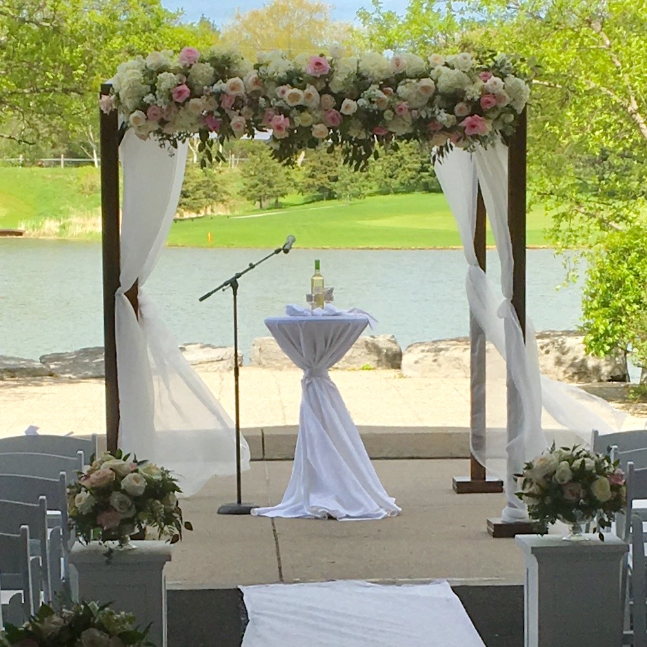 Outdoor Wedding Ceremony Mississauga: Chuppah-Mandap-Wedding-arch-rentals-GTA-Mississauga